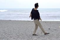 A quick stop at Neipi Beach at the far end of Nanfangao harbor in Yilan, Taiwan.